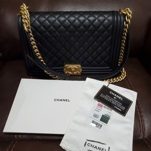 Chanel Boy New Medium (Like New)